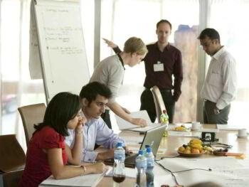Comités, equipos y toma de decisiones grupales