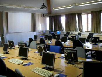 Pertinencia y perfil competitivo de una universidad ecuatoriana. UNIANDES, Santo Domingo