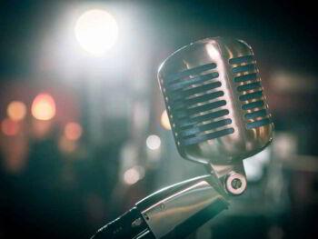 Cómo despertar el entusiasmo de tus oyentes al hablar en público