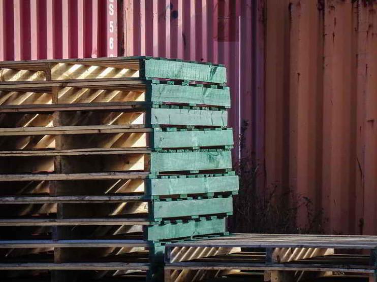 Caso de administración de almacenes públicos en Perú