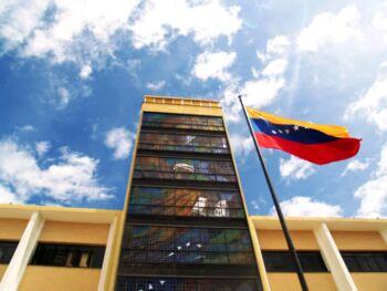 Ley orgánica de misiones, grandes misiones y micromisiones en Venezuela
