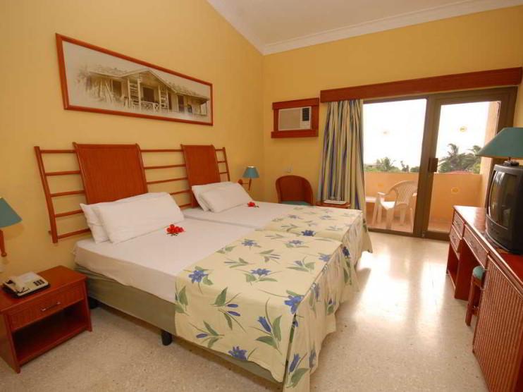 Capacitación en los departamentos de Ama de Llaves en los hoteles de Cuba