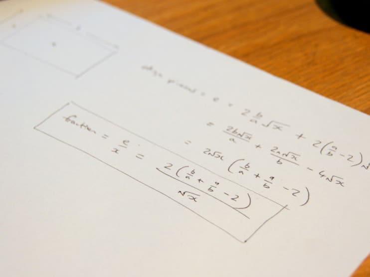Enseñanza contextual de la matemática para estudiantes del sector salud Cuba