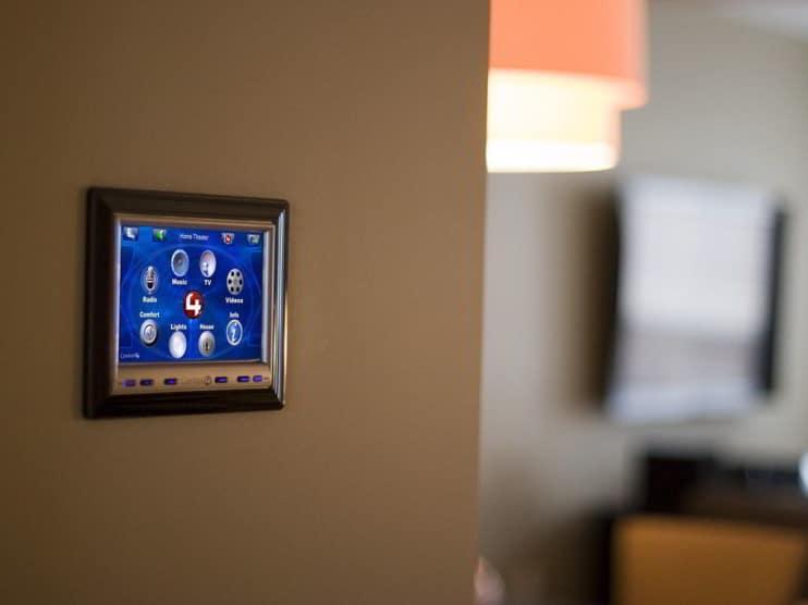 Domótica para la creación de casas inteligentes