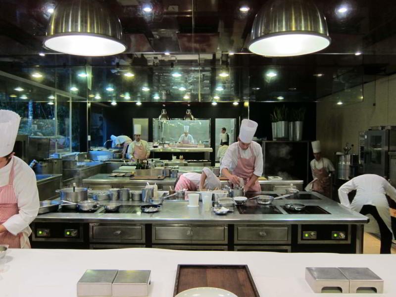 C mo mejorar la dotaci n de utensilios en cocinas y for La cocina de los alimentos pdf