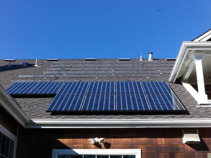 Generación de energía eléctrica a través de paneles solares por particulares ¿Cómo afecta a la paraestatal CFE?