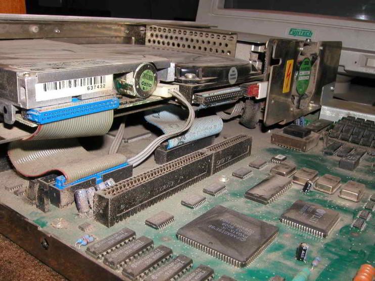 Impacto Ambiental de la Obsolescencia Programada y el Ciclo de Vida de Producto