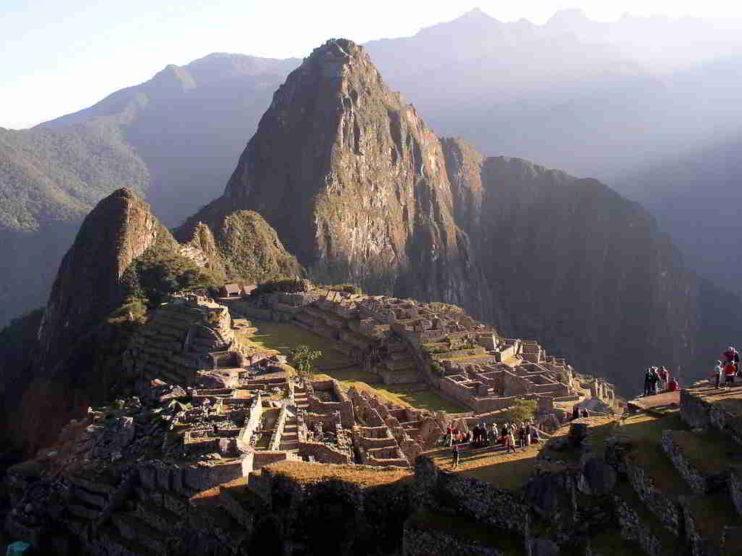 ¿Es la Distribución Poisson una herramienta útil en las estadísticas de turismo en Perú?