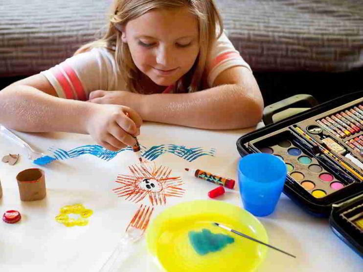 La escritura y el dibujo como expresión de miedos y deseos en los estudiantes