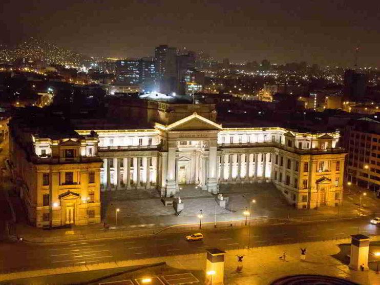 Optimización de regulaciones burocráticas como factor de crecimiento de la economía en el Perú
