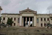 Orientación pedagógica y profesional para la carrera de Economía en Cuba