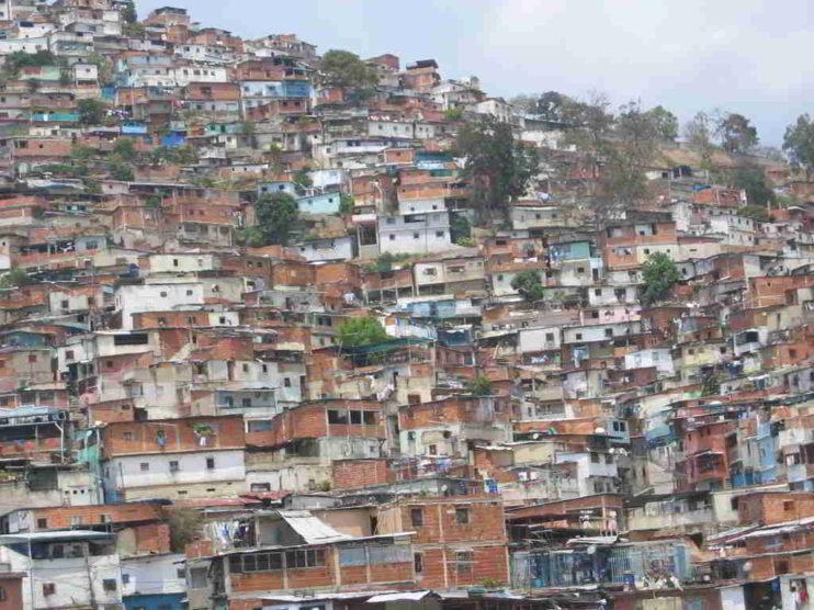 Mala gestión y bancarrota social en Venezuela