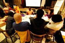 Equipos de trabajo y grupos formales e informales: antecedentes, definición, etapas y diferencias