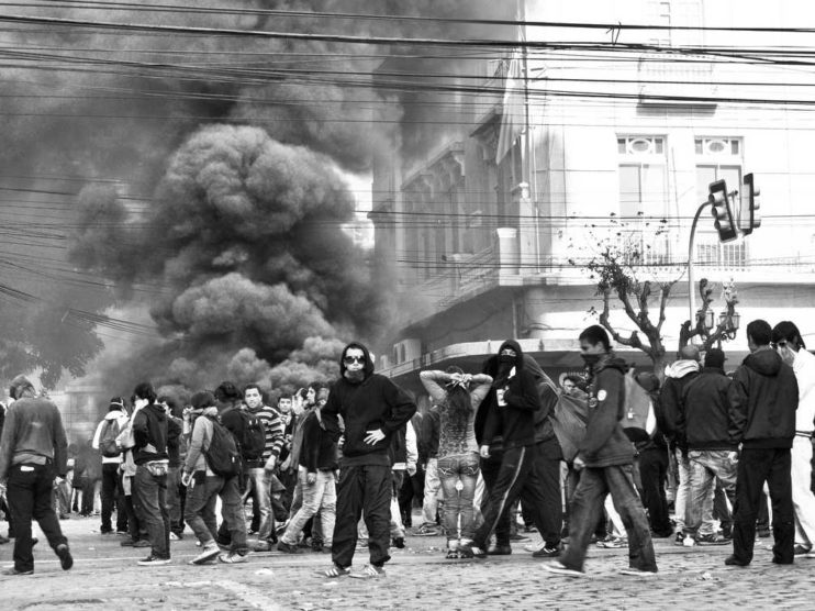 Violencia urbana en Latinoamérica. Comparación analítica de grupos violentos