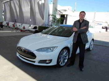 Mejora la comunicación interna con este consejo de Elon Musk