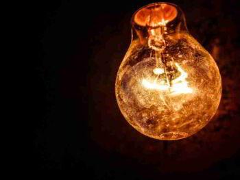 Apaga la Luz y no dañes tu Planeta