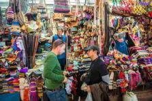 Monografía sobre Bienes y Servicios en el Perú