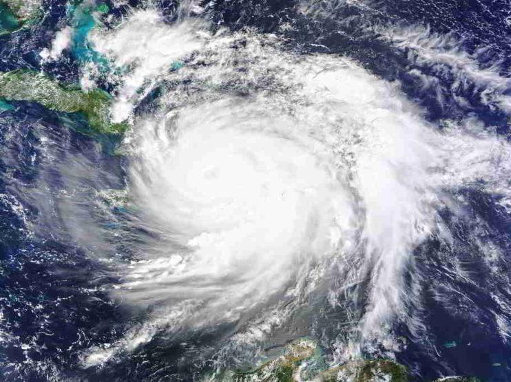 ¿Qué son los Huracanes y cómo se relacionan con el calentamiento global?