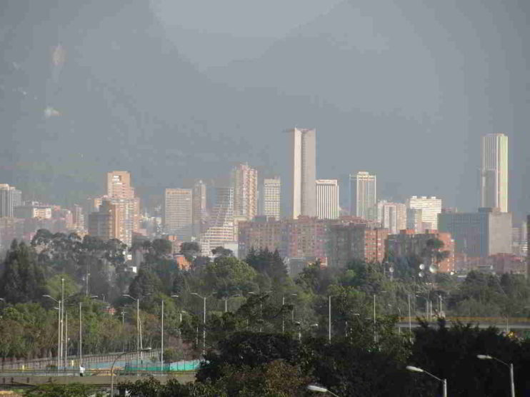 Contratos de impulso a programas de interés público. Caso de Alcaldías locales en Bogotá Colombia