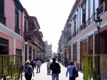 Incertidumbre afecta la confianza de los consumidores en la ciudad de Lima en Perú