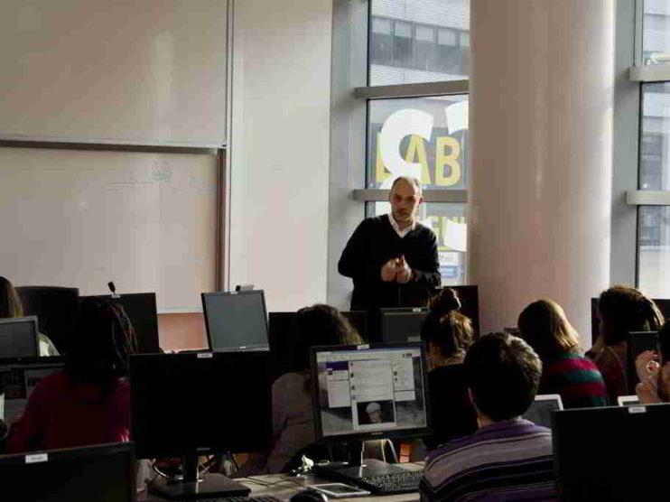Responsabilidad del Docente en el Uso de las TICs en Perú