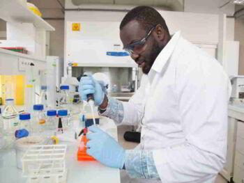 El modelo de negocio de las EBT biotecnológicas