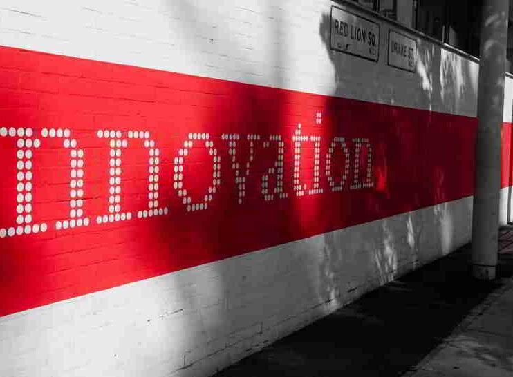 Inteligencia emocional vs creatividad. Un enfoque hacia la innovación empresarial del siglo XXI