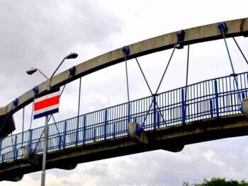 Costa Rica propicia un país de proletarios y no de propietarios y el desempleo